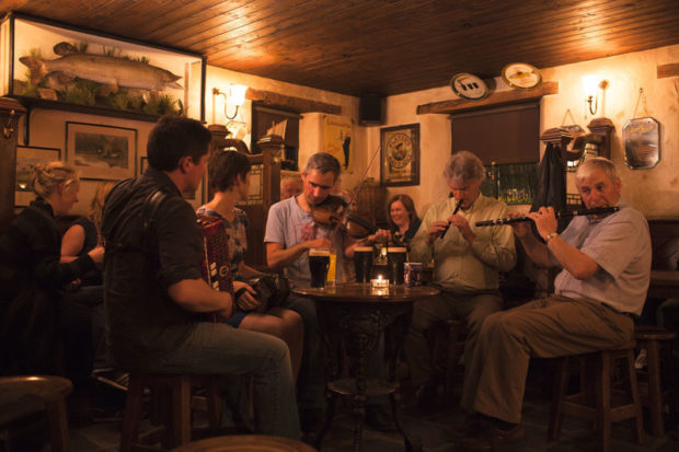 trad session donegal